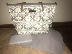 Petunia Pickle Bottom Downtown Tote Diaper Bag in Breakfast