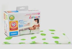 Munchkin Disposable Changing Pads with Arm & Hammer Baking S